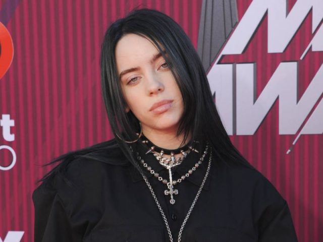 Billie Eilish Height, Age, Net Worth, Brother, Boyfriend, Gay, Parents