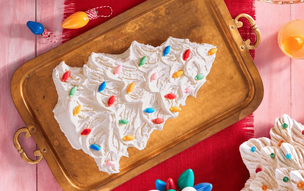 Retro Christmas Tree Cake
